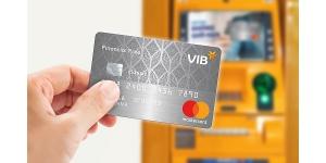 Xu hướng vay gấp tiền mặt qua thẻ tín dụng gia tăng
